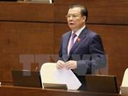 Diputados y electores vietnamitas complacidos con comparecencia del ministro de Finanzas