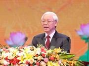 Dirigente partidista de Vietnam inspecciona entrenamiento en Campo Nacional de Tiro