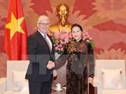 Máxima legisladora de Vietnam recibe al embajador de Australia