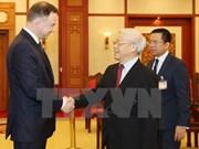 Máximo líder político de Vietnam afirma amistad con Polonia