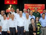 Presidente de Vietnam se reúne con votantes de Ciudad Ho Chi Minh