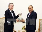 Premier vietnamita recibe a presidente del grupo sudcoreano Maekyung