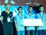 Nutrida participación en Concurso de programación de Asia