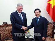 Vicepremier vietnamita recibe a dirigente de organización evangélica humanitaria de EE.UU.