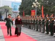 Presidenta del Parlamento de Vietnam exalta papel de la Comandancia de Hanoi