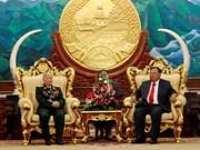 Máximo dirigente político de Laos resalta contribuciones de combatientes voluntarios vietnamitas