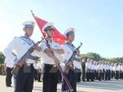 Celebran ceremonia de saludo a bandera en punto extremo oriental de Vietnam