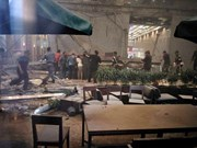 Derrumbe de estructura en Bolsa de Yakarta deja al menos 77 heridos