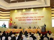Premier de Vietnam insta a mejorar labores consultivas de Oficina gubernamental