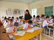 Reducen tasa de niños sin escuela en Vietnam