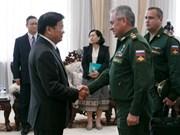 Laos y Rusia fomentan cooperación en defensa nacional