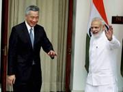 Dirigentes de India y Singapur debaten cooperación económica