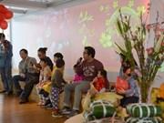 Vietnamitas en el extranjero saludan el Año Nuevo Lunar 2018