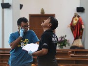 Ataque con espada deja cuatro heridos en Indonesia