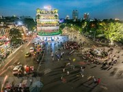 Libre zona alrededor del lago Hoan Kiem de Hanoi para circulación de vehículos en el Tet