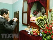 Presidente del FPV rinde tributo al máximo líder Ho Chi Minh