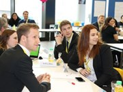 Efectúan en Suiza seminario sobre economía de Vietnam