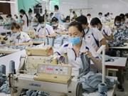 Exportaciones de confecciones textiles de Vietnam prevén alcanzar 34 mil millones de dólares