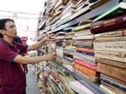 Calle de Libros de Hanoi ingresa más de 177 mil dólares en fiesta del Tet