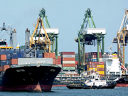Singapur registra en febrero mayor caída de exportaciones desde finales de 2016