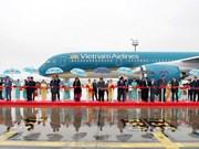 Nguyen Phu Trong asiste a ceremonia de transferencia de aviones a Vietnam Airlines en Francia