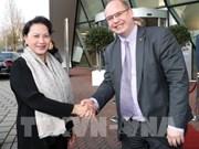 Concluye presidenta del Parlamento vietnamita visita oficial a Países Bajos