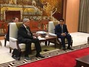 Belarús dispuesta a colaborar con empresa de Transporte en Hanoi