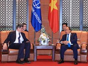 Premier vietnamita recibe a director general de BM