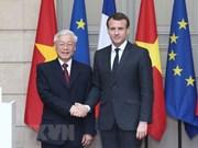 Vietnam por impulsar perfeccionamiento de marco legal para cooperación con Cuba y Francia