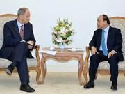 Vietnam aspira a fortalecer relaciones con Alemania, afirma premier Xuan Phuc