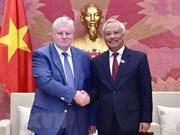 Visita Vietnam delegación del partido Rusia Justa