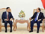 Premier de Vietnam califica de importante el fortalecimiento de cooperación con Guangxi de China