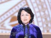 Vicepresidenta de Vietnam parte hacia Australia para Cumbre Global de Mujeres