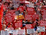 Filipinas: Miles de trabajadores exigen al presidente Duterte cumplir su promesa de campaña