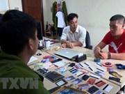 Arrestan en Vietnam un individuo extranjero por uso de tarjetas ATM falsas