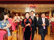 Presidenta parlamentaria felicita éxitos de científicos vietnamitas