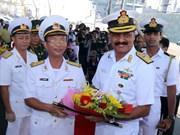 Buques de Fuerza Naval de India visitan Vietnam