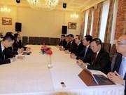 Vietnam se afirma su apoyo al libre comercio en Foro Económico Internacional de San Petersburgo
