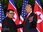 Trump y Kim inician histórica cumbre con un apretón de manos