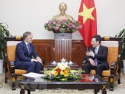 Vietnam aprecia relaciones con Letonia, afirma vicepremier y canciller