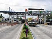 Impulsan actividades comerciales entre provincia vietnamita y Laos