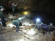 Tailandia avanza en búsqueda de equipo de fútbol infantil desaparecido en cueva