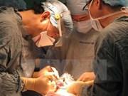 Realizan operaciones quirúrgicas gratuitas para niños con defectos faciales en Vietnam