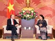 Vietnam garantiza la operación efectiva de empresas europeas, afirma presidenta parlamentaria
