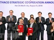 Premier de Vietnam alienta a las empresas a cooperar para modernizar la agricultura