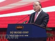 Premier de Vietnam insta al sector diplomático a adoptar medidas flexibles para lograr objetivo fijo