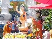 Ceremonia budista une a comunidad de vietnamitas en Laos