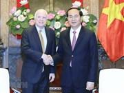 Senador McCain tiene posición especial en la historia de nexos Vietnam – EE.UU., afirma embajador