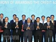 """Premier de Vietnam insta a Quang Binh a convertirse en """"diamante verde"""" del turismo nacional"""