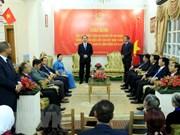 Presidente de Vietnam visita Embajada de su país  en El Cairo